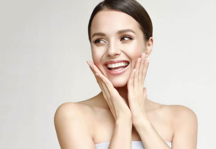 ビタミンC:色素沈着を防ぎ美白効果!