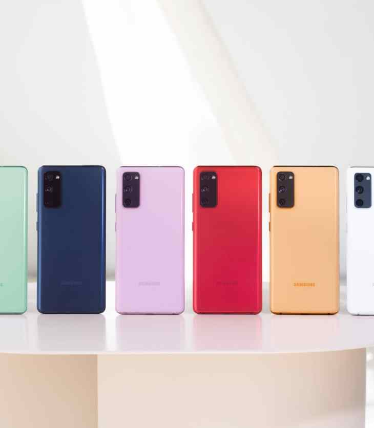 Samsung Galaxy S20 FE in six colours