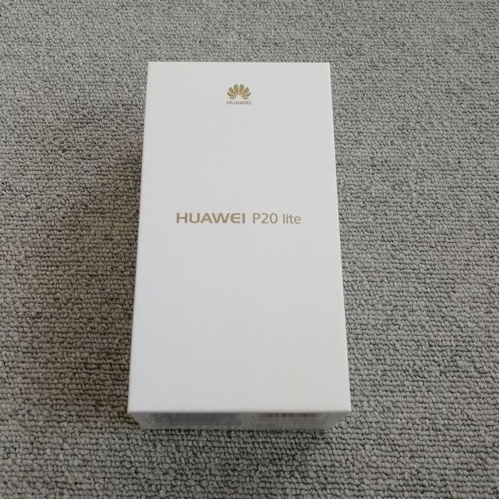 「HUAWEI P20 lite」の外箱