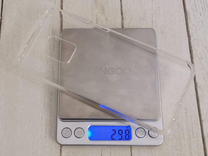 TopACEの「Redmi Note 9S」用の保護ケースの重さ