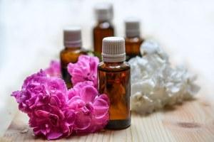 essential-oils-1433694__340
