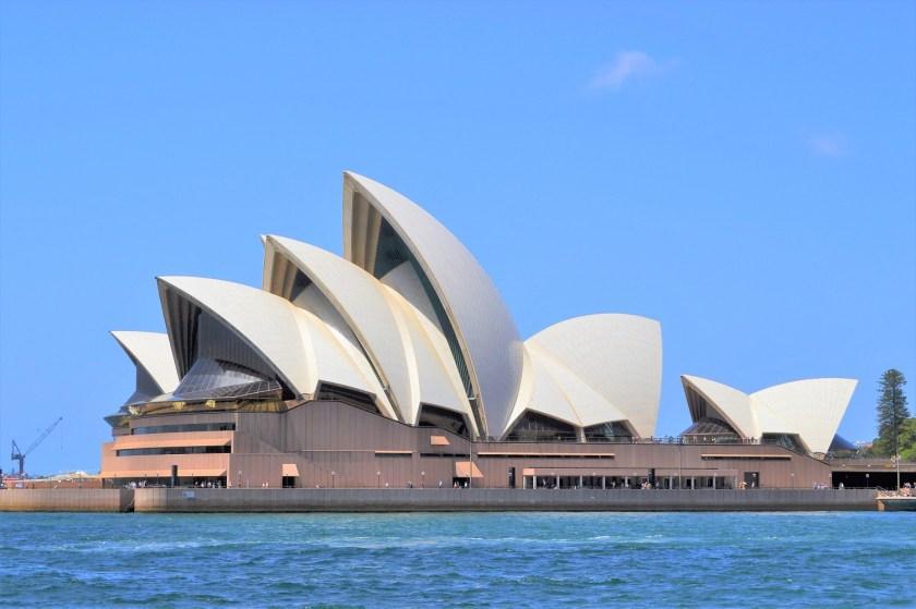 OperaHouse - australia_sydney_opera_house_ferry_view_r_1.jpg