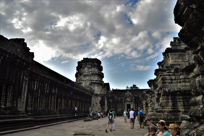 A corridor in the middle terraceof the Angkor Wat Temple in Siem Reap, Cambodia