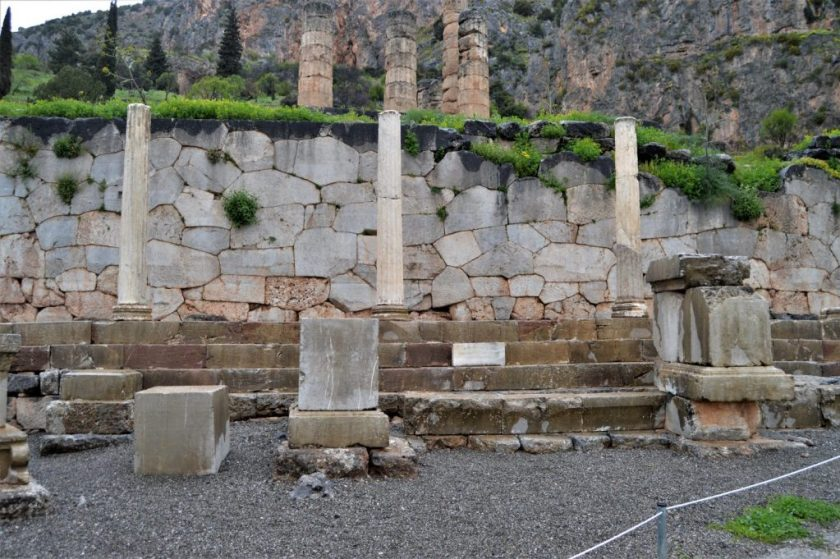 Polygonal retention wall of Temple of Apollo