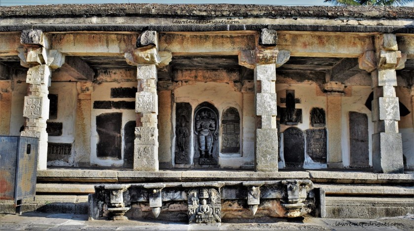 Sālu Mantapa - A pavilion on the north side of the Belur Chennakeshava Temple in Karnataka, India