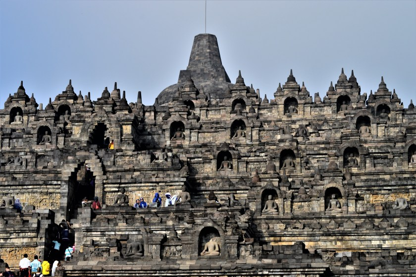 Borobudur - borobudur_outer_wall2_en