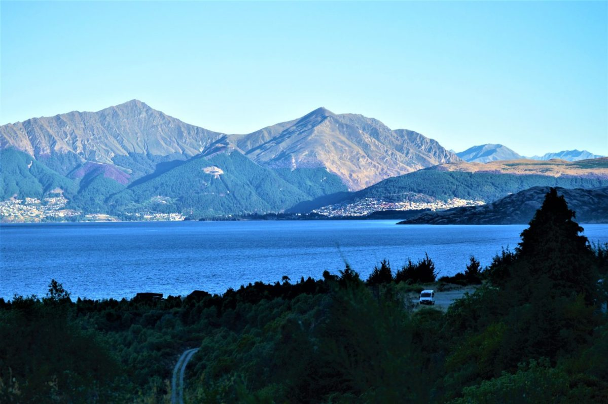 Lake Wakatipu in the South Island of New Zealand