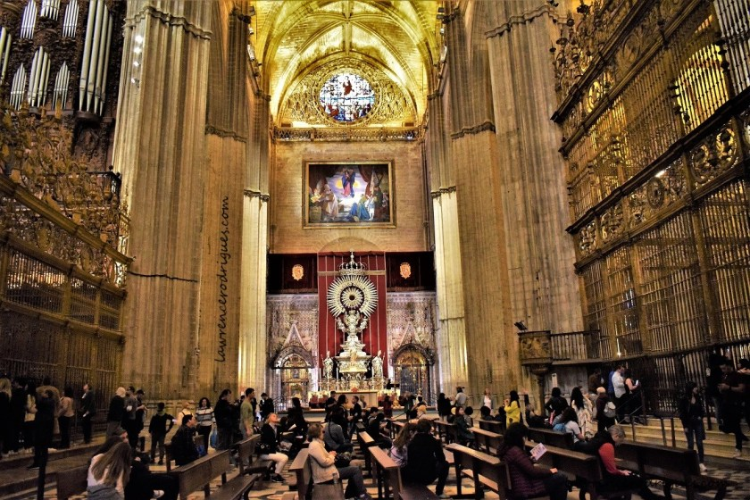 Central part that includes Crossing, Coro, Capilla Mayor, and Silver Altar of the Seville Cathedral