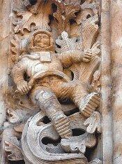 Космонавт на соборе 13 века