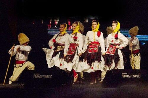 Танцевальный коллектив г. Будва