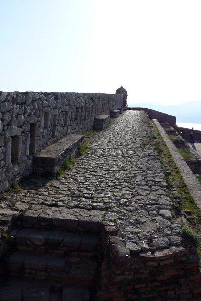 Крепостная стена. Паламиди