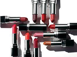 Avon представляет новую коллекцию косметики: помада, блеск для губ, тени для век