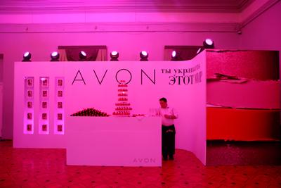 AVON – официальный визажист церемонии Glamour «Женщина года» 2013