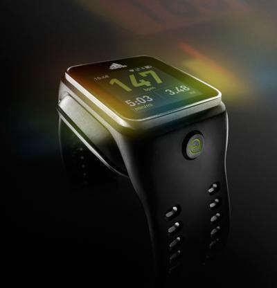 «Интуитивные» наручные часы для бега miCoach SMART RUN