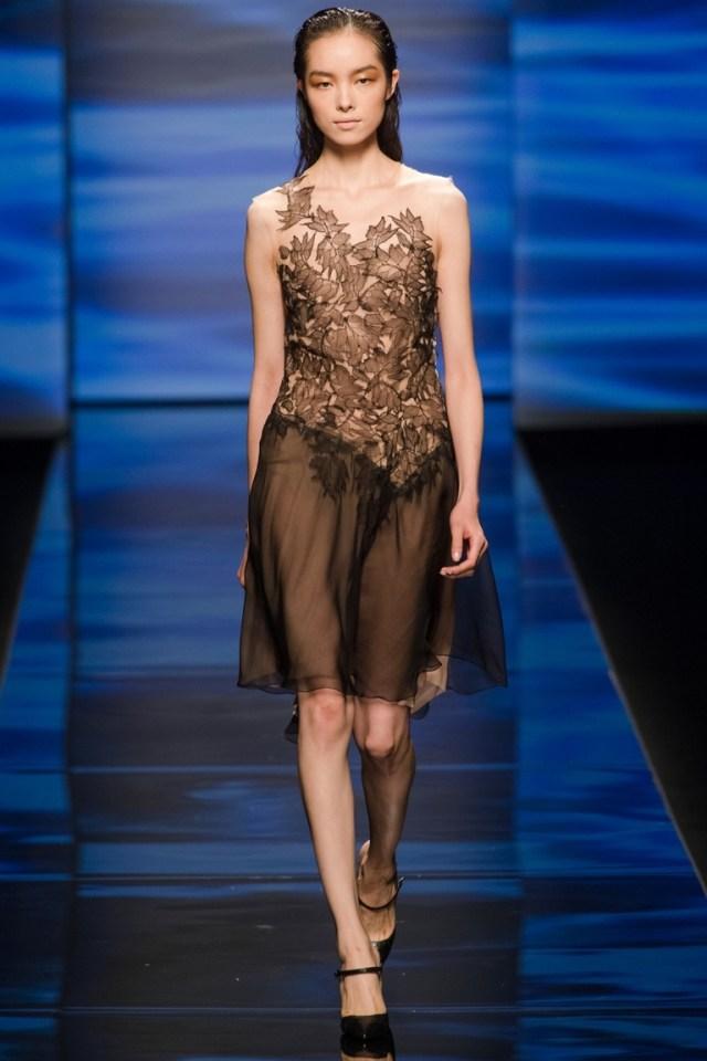 Модное коктейльное платье — Alberta Ferretti весна-лето