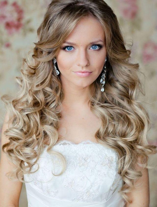Романтические прически на средние волосы - кудряшки и локоны