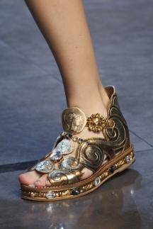 Обувь на плоской подошве - босоножки 2014 Dolce Gabbana