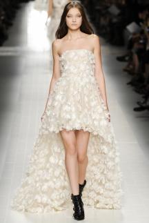 Длинное платье со шлейфом Blumarine