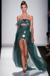 Длинное платье со шлейфом Carolina_Herrera