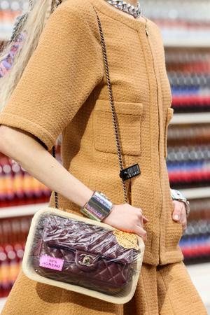 Модная сумка осень-зима 2014-2015 – сумка в виде упакованного продукта – Chanel