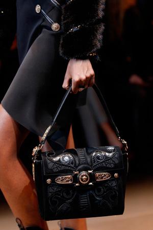Модная сумка осень-зима 2014-2015 – фото Versace