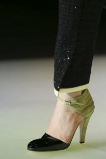 Модные туфли осень-зима 2014-2015 с ремешками – Giorgio Armani