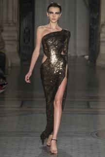 Модное длинное платье с разрезом осень-зима 2014-2015 – Julien Macdonald
