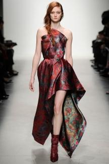 Длинные модные платья с неровными краями осень-зима 2014-2015 - Leonard