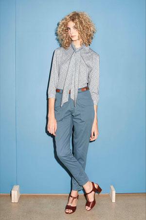 Голубые укороченные модные брюки весна лето 2015 с модной блузкой - A.P.C.