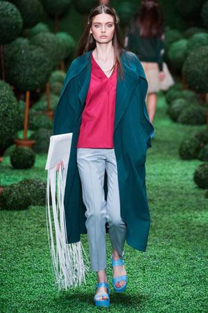Голубые модные брюки со стрелками весна лето 2015 - Alena Akhmadullina