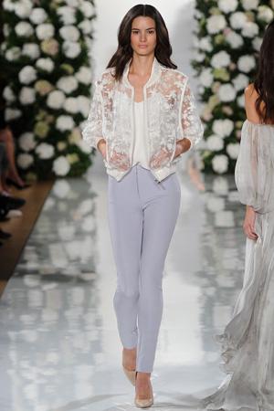 Кружевная модная куртка ветровка весна лето 2015 – Valentin Yudashkin