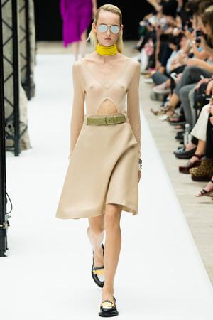 Бежевое модное платье 2015 - Acne Studios