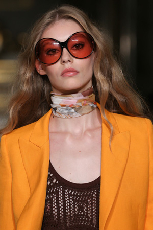 Модные солнцезащитные очки весна лето 2015 Emilio Pucci