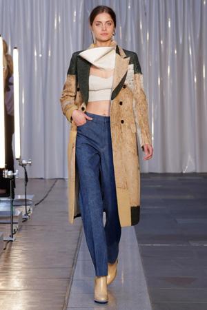 Бежевое модное пальто 2015 Toga