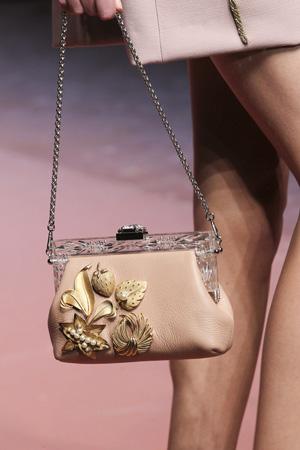 Бежевая модная сумка 2016 фото Dolce & Gabbana