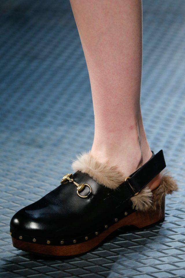Модная обувь осень 2015 и зима 2016 – башмачки с мехом внутри от Gucci