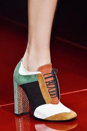 Модные туфли разноцветные ботильоны осень-зима 2015-2016 фото Just Cavalli