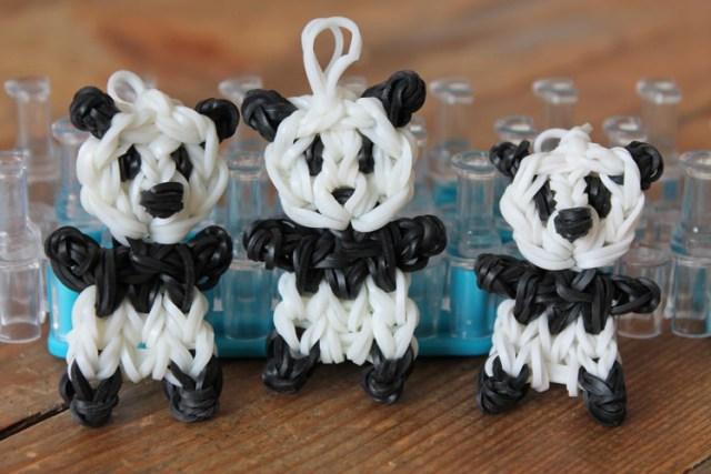 Как плести на вилке из резинок – Панда