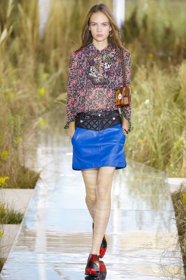 Синяя модная кожаная юбка 2016 фото Coach