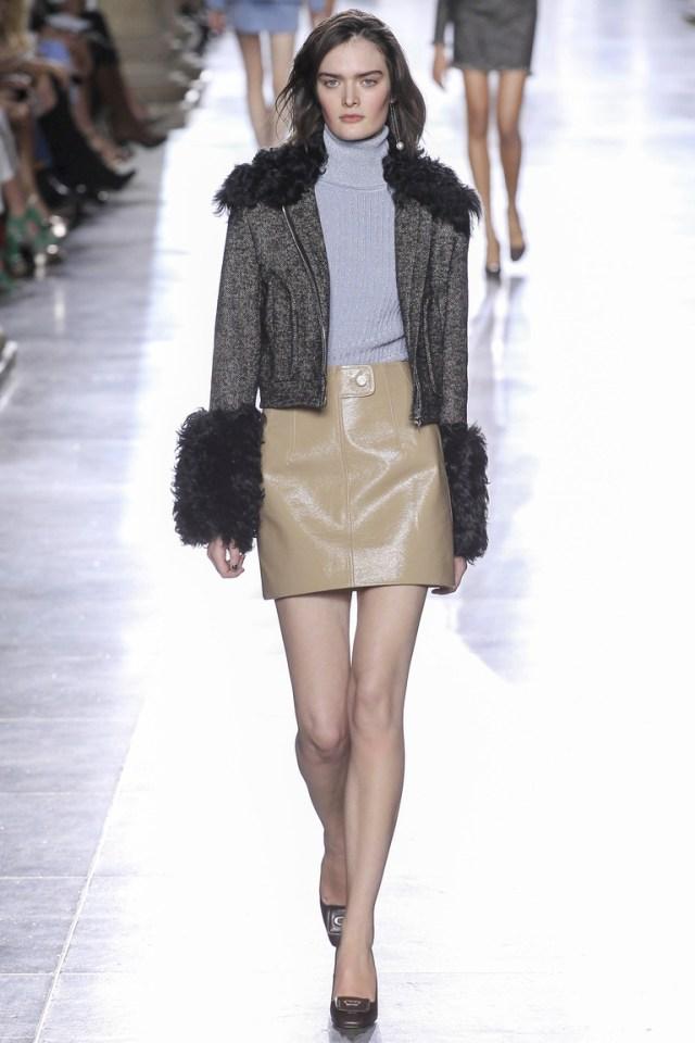 Модная серая куртка 2016 – фото новинка от Topshop Unique