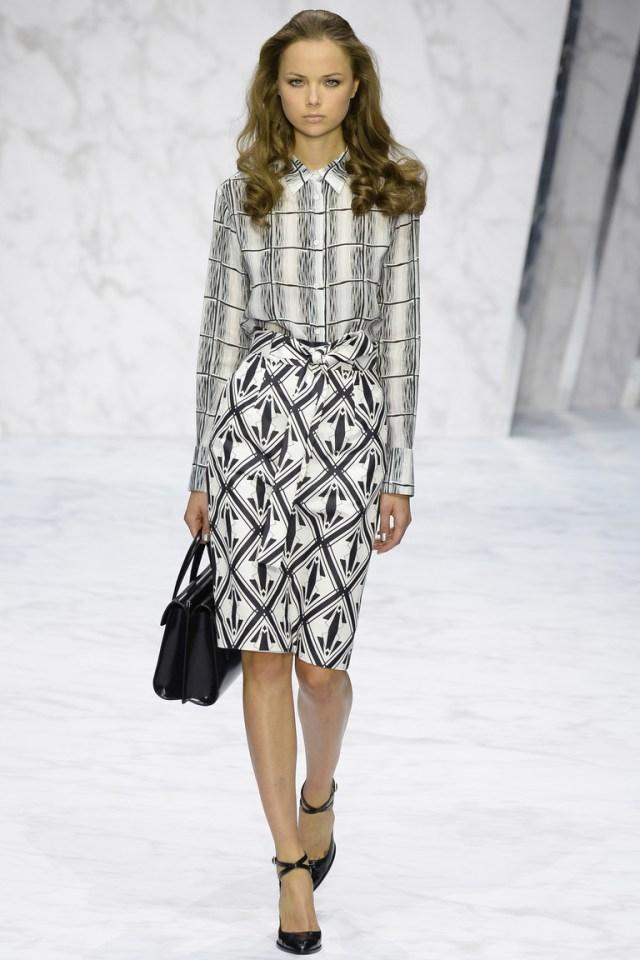 Модная юбка 2016 с геометрическим узором – фото новинка от Daks