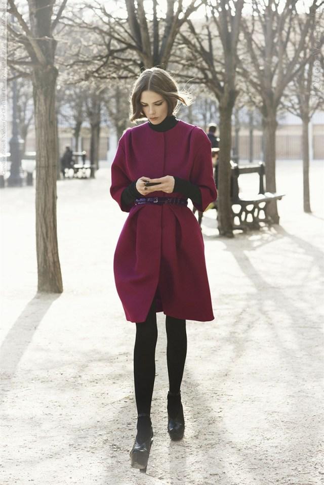 Модное кашемировое пальто с кожаным ремешком фото новинка сезона