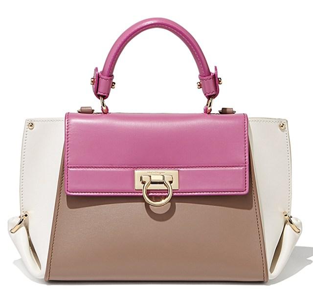Фасон модной сумки – фото новинки коллекции Salvatore Ferragamo