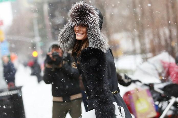 Фото новинка сезона: меховая модная шапка 2016