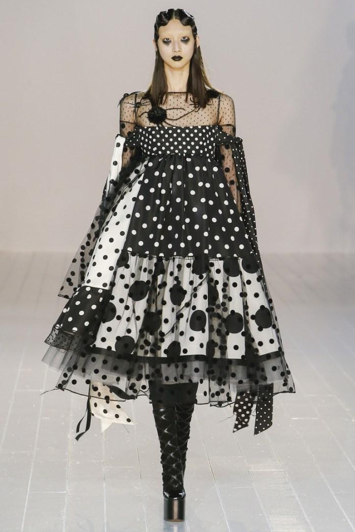 Marc Jacobs осень-зима 2016-2017 на Неделе моды в Нью-Йорке
