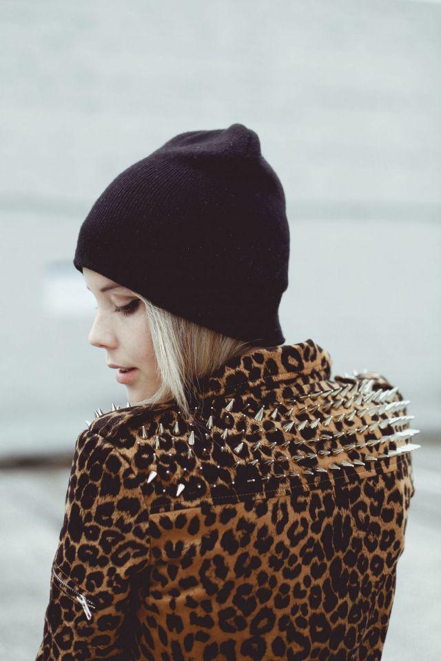 Стильный лук с шапкой бини - фото новинки и тренды сезона
