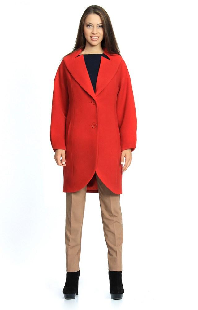 Красное пальто в классическом стиле – фото новинки сезона