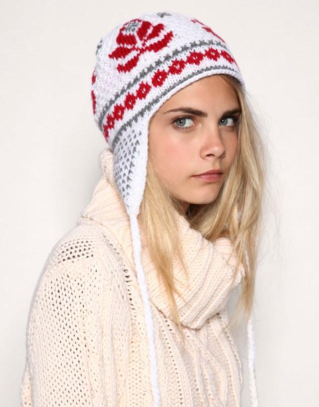 Вязаная шапка ушанка - фото новинки и тренды сезона