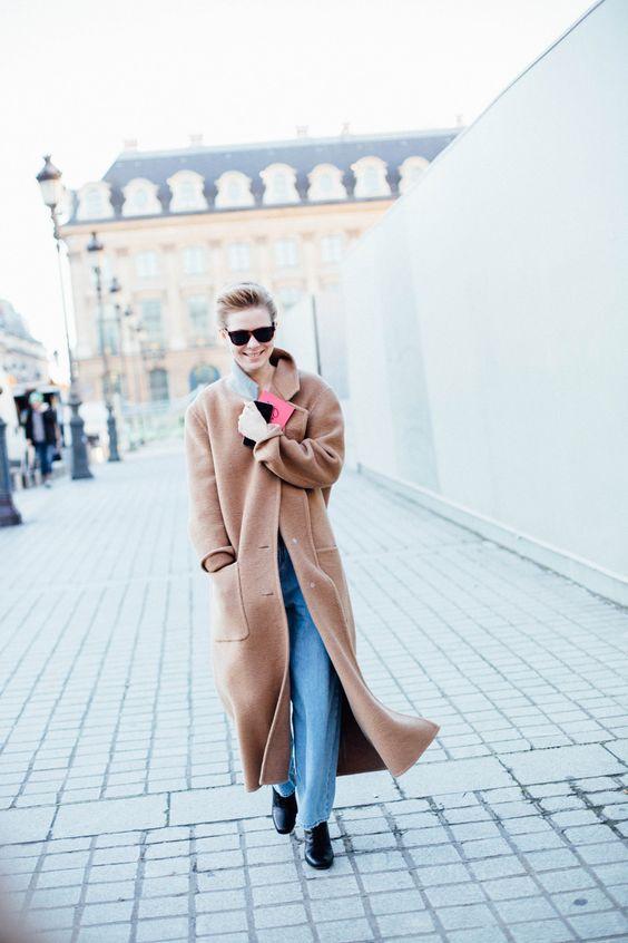Длинное женское бежевое пальто – тренды весны 2016