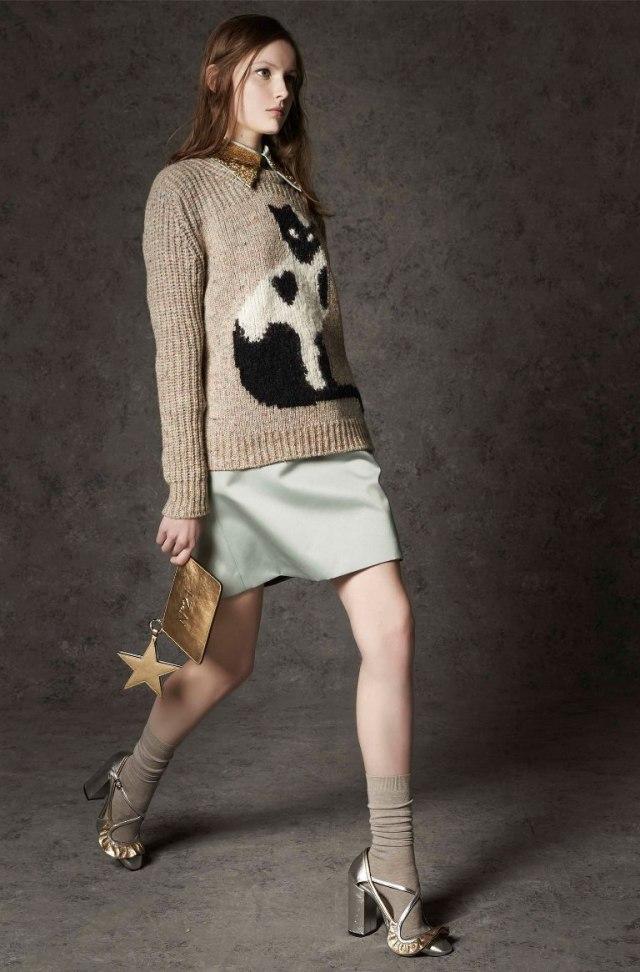 Кошачий тренд №3 - свитер с кошками.